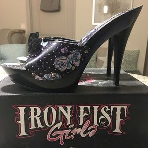 Iron Fist Dead Rose Patform Mule / Slide